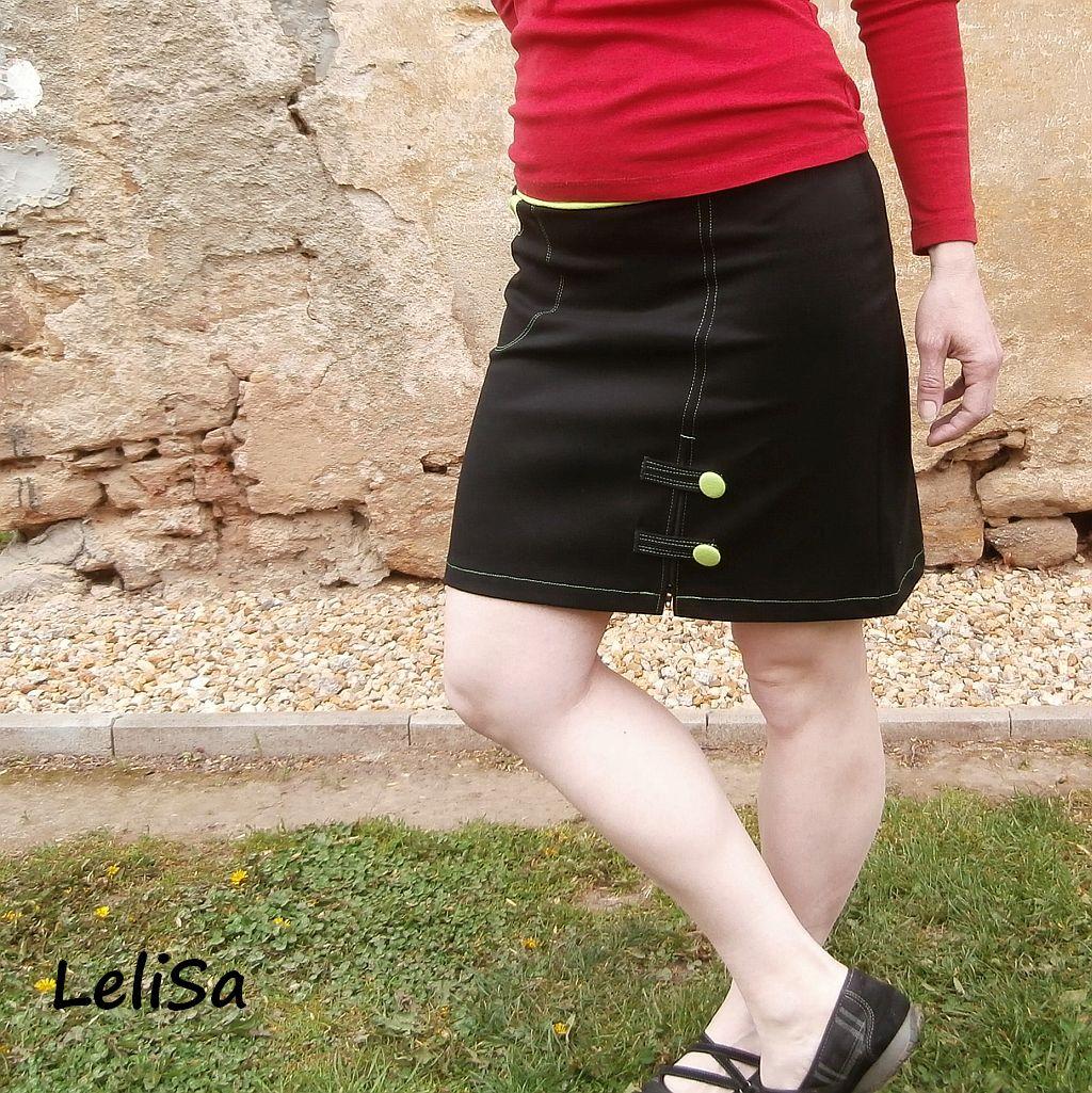 606223e541ab Krátká černá sukně se zipem a knoflíky 0249